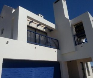 R 2,800,000 - 4 Bed Property For Sale in Blue Lagoon