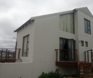 R 2,180,000 - 3 Bed House For Sale in Calypso Beach