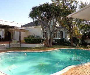 R 7,990,000 - 8 Bed Commercial Property For Sale in Brooklyn