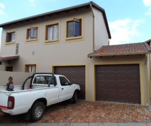 R 1,265,000 - 3 Bed Property For Sale in Willowbrook
