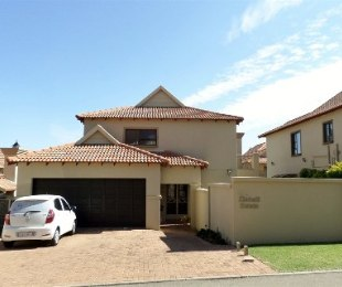 R 15,500 - 3 Bed Property To Rent in Strubensvallei