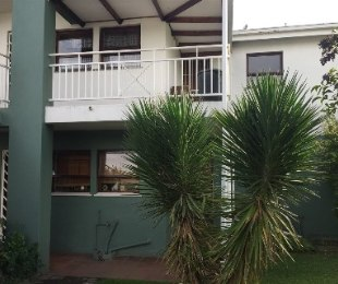 R 499,000 - 1 Bed Flat For Sale in Lakefield