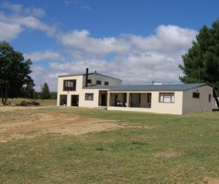 R 4,500,000 - 4 Bed Smallholding For Sale in Malmesbury