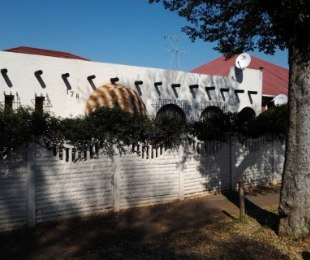 R 790,000 - 3 Bed House For Sale in Malvern