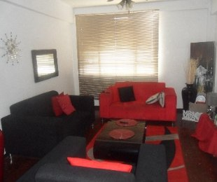 R 275,000 - 1 Bed Flat For Sale in Umbilo