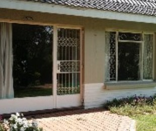 R 5,500 - 1 Bed Flat To Rent in Bordeaux