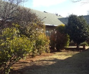 R 1,475 - 3 Bed House For Sale in Farrarmere