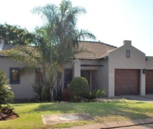 R 2,250,000 - 3 Bed Home For Sale in Willow Acres