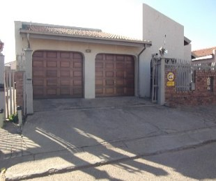 R 650,000 - 3 Bed House For Sale in Mamelodi