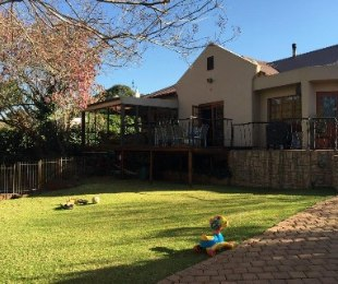 R 25,000 - 4 Bed House To Rent in Greenside