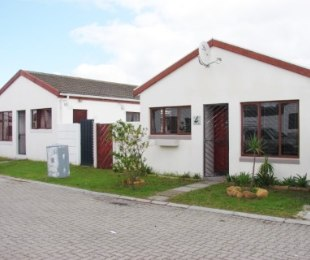 R 798,000 - 3 Bed Home For Sale in Ottery