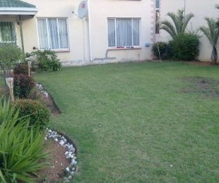 R 695,000 - 2 Bed Property For Sale in Glen Marais