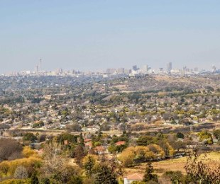 R 2,380,000 -  Plot For Sale in Northcliff