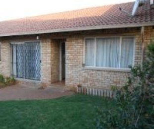 R 870,000 - 3 Bed Property For Sale in Terenure