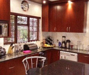 R 18,900 - 4 Bed House To Rent in Stellenberg