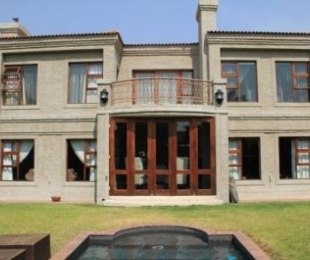 R 3,999,000 - 4 Bed House For Sale in Glen Marais