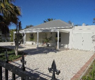 R 1,950,000 - 3 Bed House For Sale in Stanford