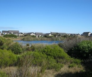 R 2,100,000 -  Land For Sale in Noordhoek