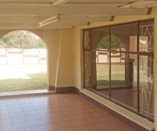 R 800,000 - 3 Bed House For Sale in Klerksdorp