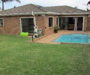 R 1,795,000 - 3 Bed Home For Sale in Sonstraal Heights