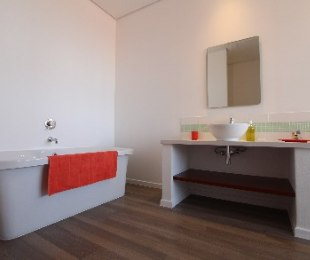 R 13,000 - 1 Bed Flat To Let in Johannesburg