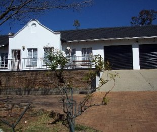 R 1,400,000 - 3 Bed House For Sale in Roodekrans