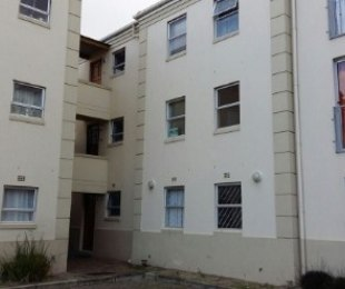 R 650,000 - 2 Bed Apartment For Sale in Rondebosch East