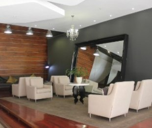 R 1,700,000 - 2 Bed Flat For Sale in Johannesburg