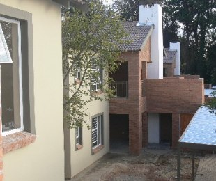 R 6,300 - 2 Bed Apartment To Let in Kempton Park
