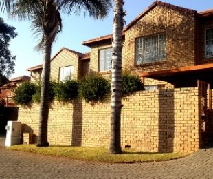 R 8,900 - 3 Bed Flat To Rent in Lynnwood