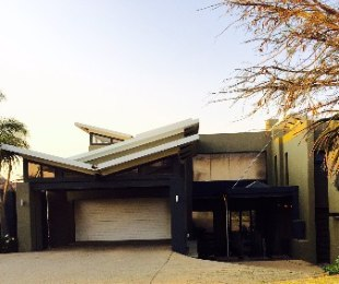 R 45,000 - 4 Bed House To Rent in Eagle Canyon Golf Estate