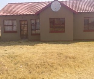 R 550,000 - 3 Bed Property For Sale in Dawn Park
