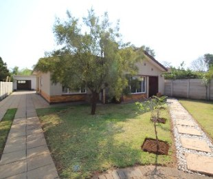 R 1,259,000 - 3 Bed Home For Sale in Rietfontein
