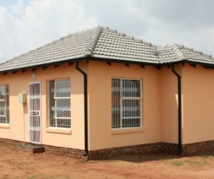 R 428,000 - 2 Bed House For Sale in Mamelodi