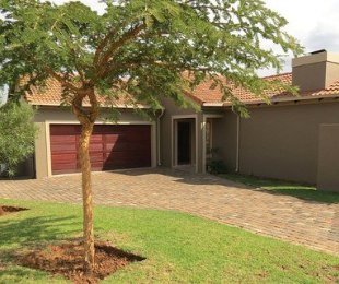 R 1,800,000 - 3 Bed Property For Sale in Amberfield Valley