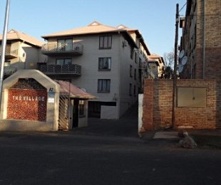 R 485,000 - 1 Bed Flat For Sale in Westdene