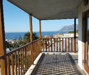 R 5,500,000 - 4 Bed House For Sale in Kalk Bay