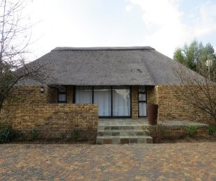 R 1,490,000 - 4 Bed House For Sale in Vaal Marina