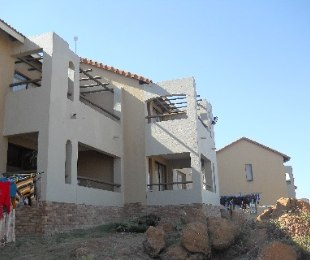 R 890,000 - 2 Bed Property For Sale in Winchester Hills