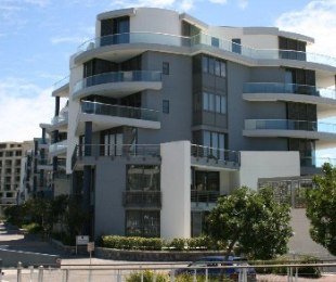 R 10,500,000 - 2 Bed Flat For Sale in Waterfront