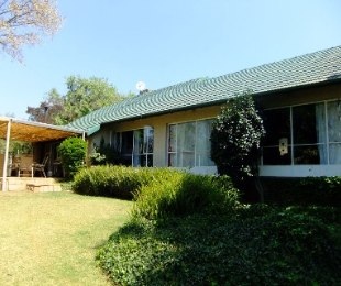 R 1,590,000 - 3 Bed House For Sale in Bordeaux