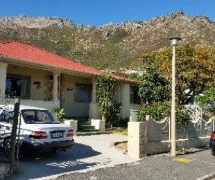 R 1,700,000 - 3 Bed Home For Sale in Gordon's Bay