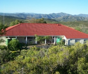 R 3,200,000 - 5 Bed House For Sale in Montagu