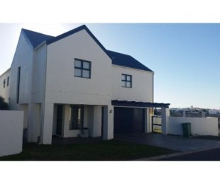 R 2,550,000 - 5 Bed House For Sale in Blue Lagoon