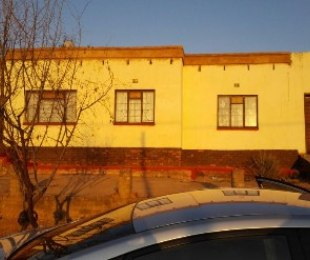 R 345,000 - 3 Bed House For Sale in Soshanguve