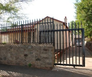 R 680,000 - 3 Bed Property For Sale in Malvern