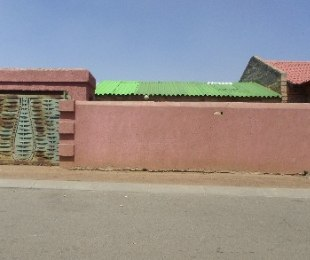 R 370,000 - 2 Bed Property For Sale in Emdeni