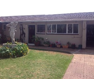 R 1,280,000 - 3 Bed House For Sale in Impala Park