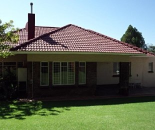R 9,000 - 3 Bed House To Rent in Blairgowrie
