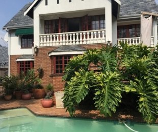 R 2,675,000 - 3 Bed House For Sale in Lakefield